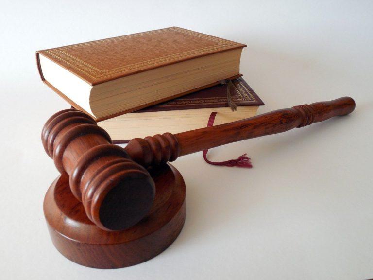 Adwokaci udzielają porad prawnych w wielu dziedzinach prawa